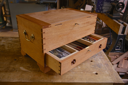 Build A Lady S Amp Gentleman S Tool Chest With Mario